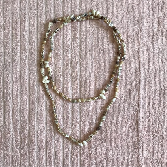 Jewelry - Long shell necklace